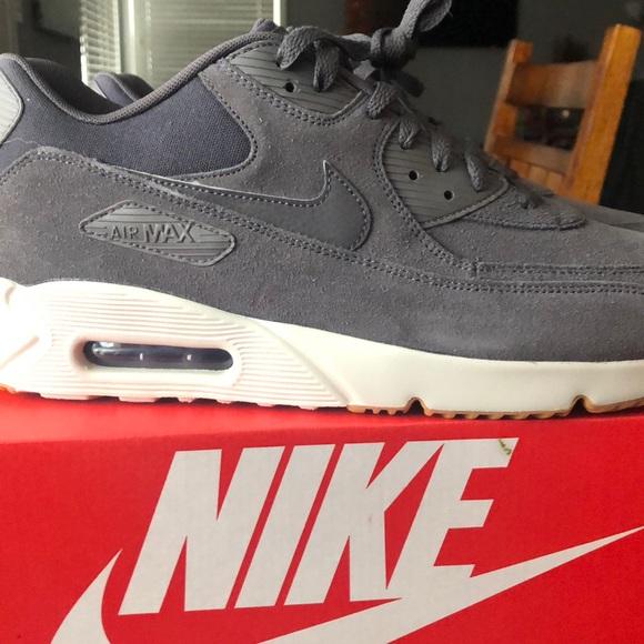buy popular 627ff 61de6 Men s Nike brand new size 12